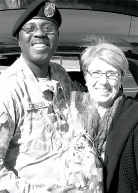Sgt. Frank J. Carson with Wexford resident Nancy Oechsner