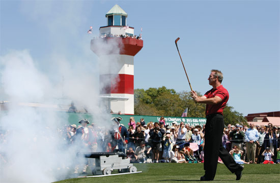 The roar of the cannon, along with a drive from 2005 winner Peter Lonard, rang in last year's Heritage.